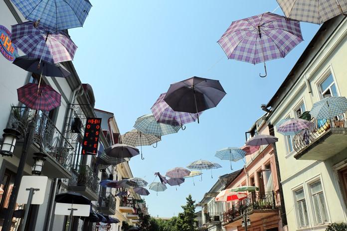 Batum'da her bütçeye uygun hostel ve oteller mevcuttur.