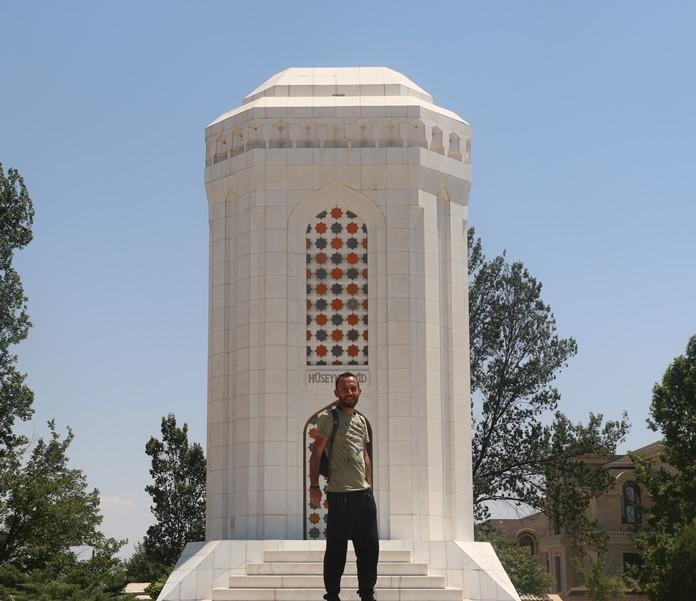 Şair Hüseyin Cavid Müzesi ve Anıtı, Nahçıvan