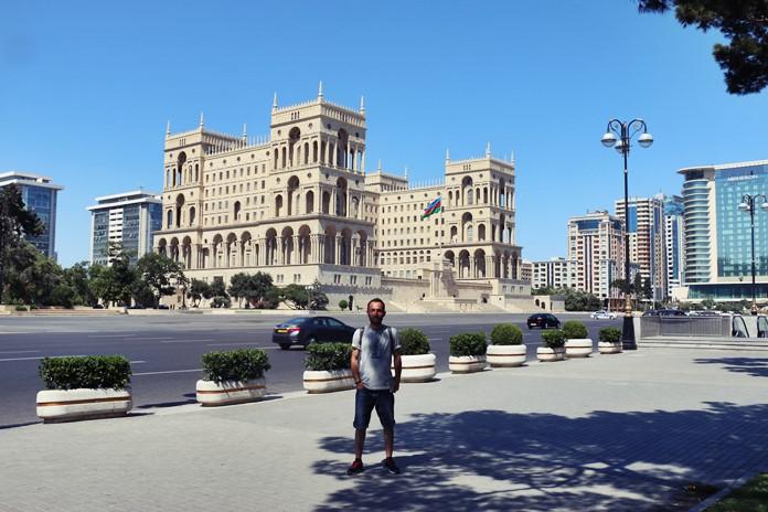 Hükümet Konağı, Azatlık Meydanı, Bakü