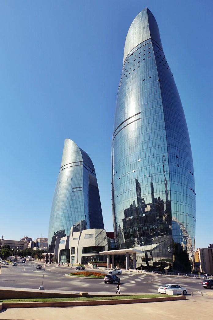 Alev Kuleleri, Bakü