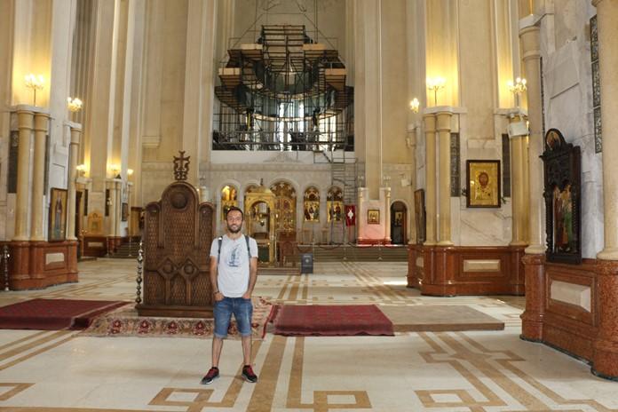 Sameba Holy Trinity Kilisesi, Tiflis