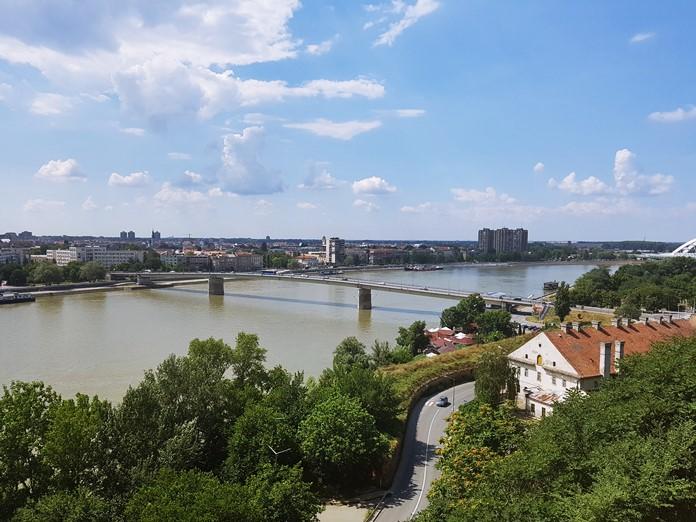 Petrovaradin Kalesi'nden Tuna Nehri Manzarası