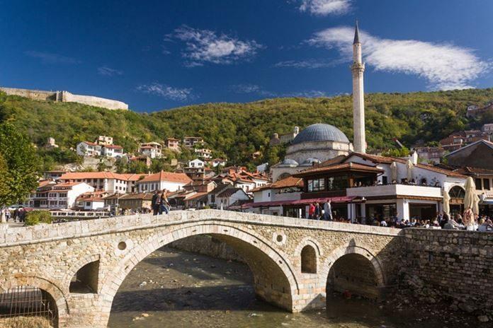 Prizren, 2008 yılında kurulmuş olan çok genç bir cumhuriyetin, Kosova Cumhuriyeti'nin ikinci büyük şehridir.