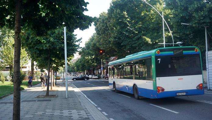 Tiran'da Otobüs Ulaşımı