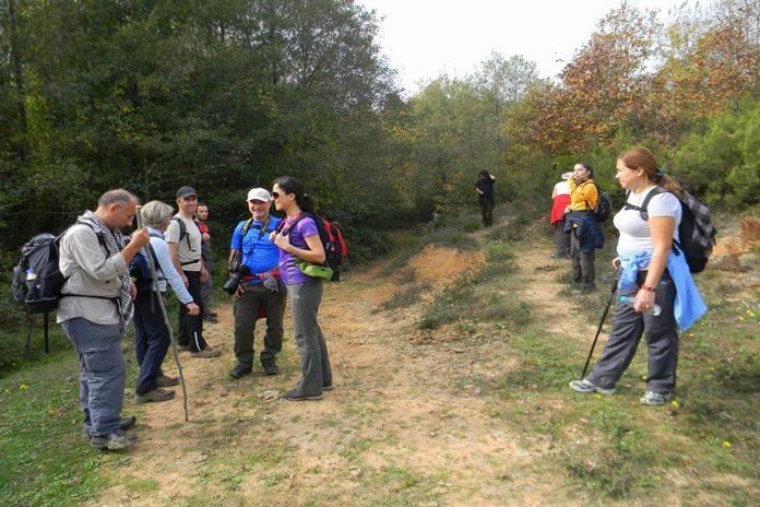 Trekking (doğa yürüyüşü) dört mevsim yapabileceğiniz bir aktivitedir. Tüm haftanın yorgunluğunu doğa yürüyüşü yaparak üzerinizden atabilirsiniz.