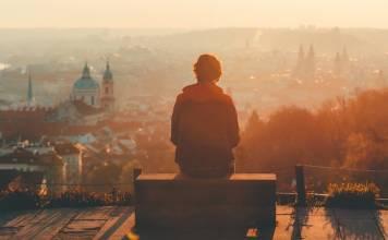 Tek başına seyahate çıkacaklara altın değerinde öğütler.