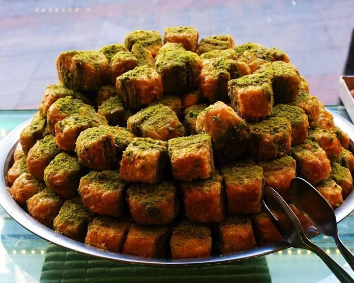Tatlısıyla meşhur birbirinden lezzetli 9 Anadolu şehrini keşfedin.