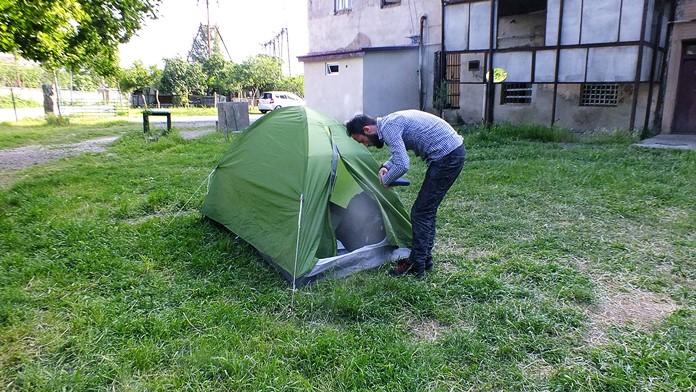 Çadır ile konaklama kamp deneyimi.