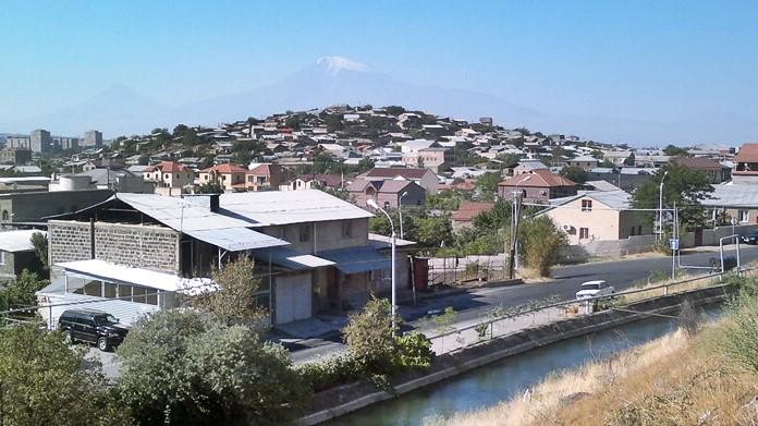 Ermenistan'dan Ağrı Dağı Manzarası