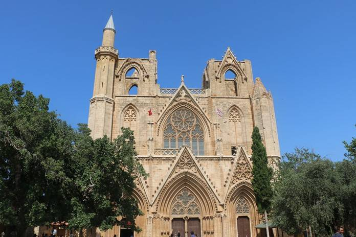 Lala Mustafa Paşa Camii, Kıbrıs