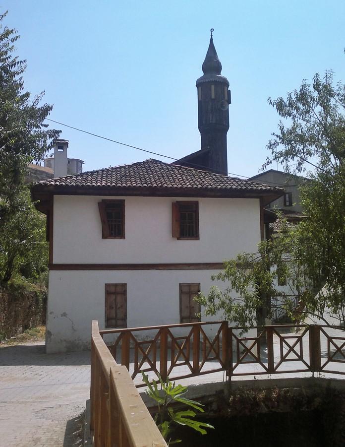 Kaçak Lütfiye Cami, Safranbolu