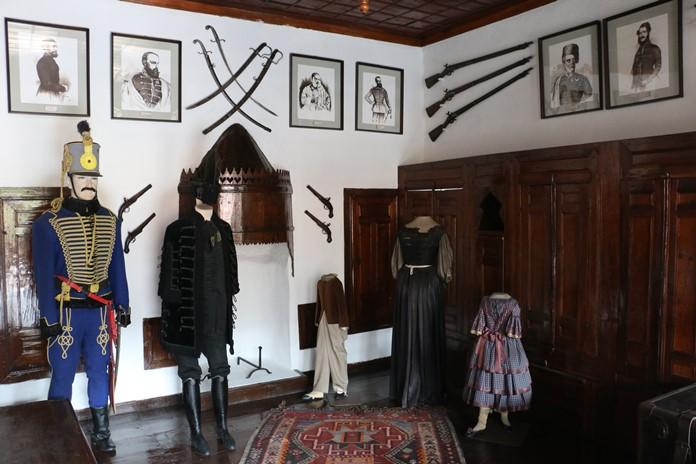 Sedir Odası, Macar Evi
