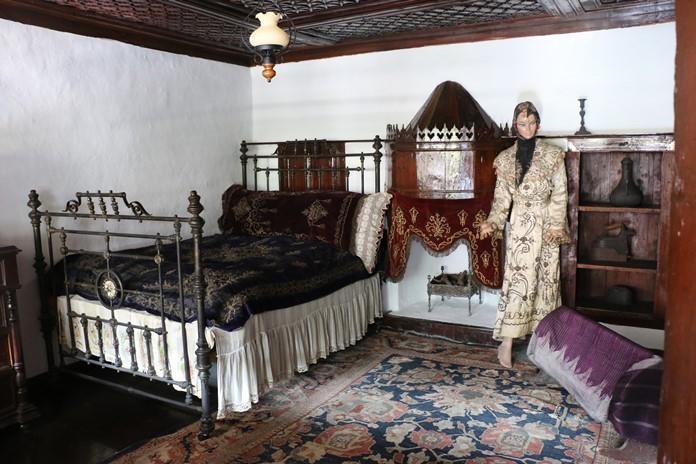 Yatak Odası, Macar Evi