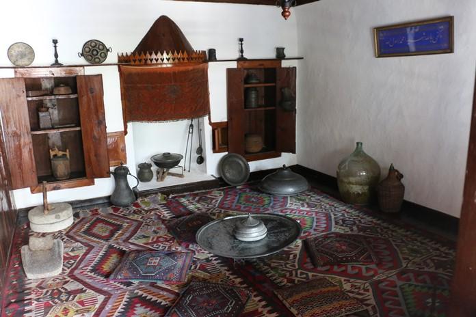 Yemek Odası, Macar Evi