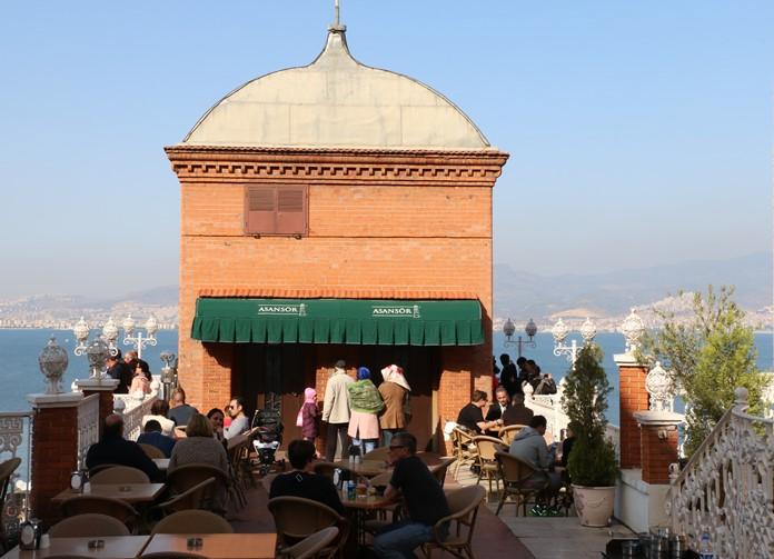 Tarihi Asansör, İzmir