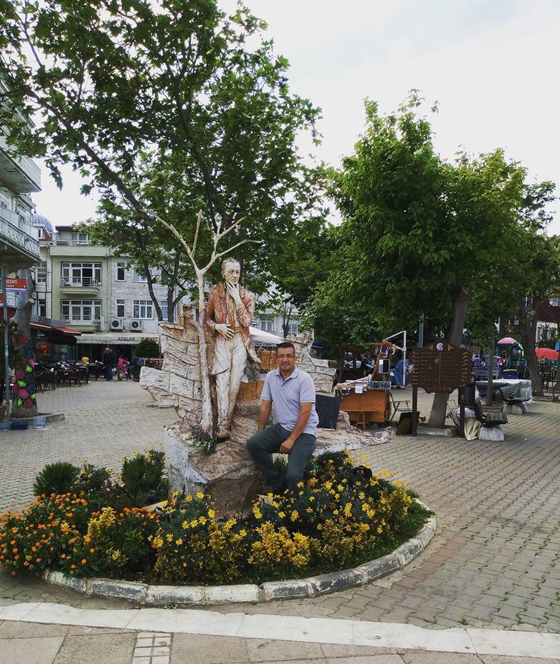 Burgazada Meydanı