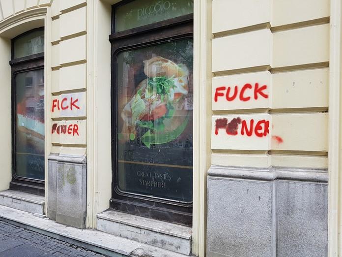 Belgrad Caddelerinde Fenerbahçe Takımına Küfür!