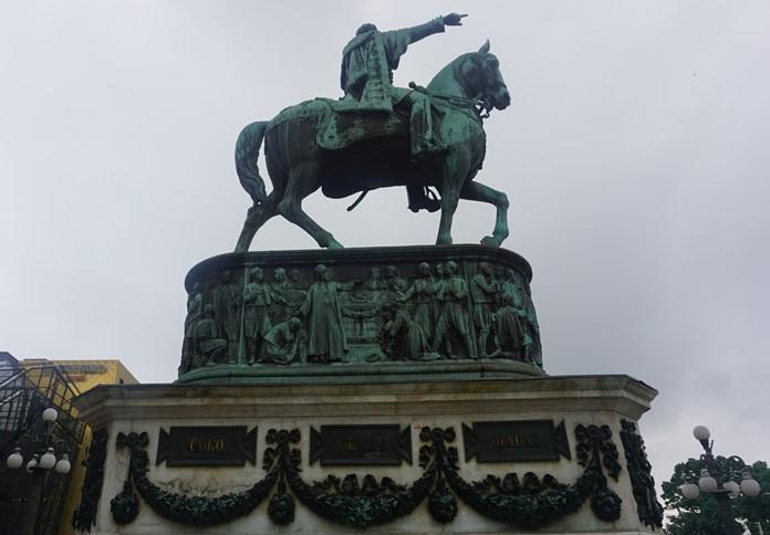 Prens Mihailo Obrenovic Heykeli, Belgrad