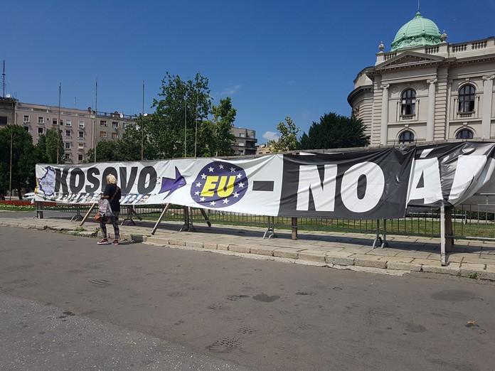 Sırplardan Kosovalılara Mesaj