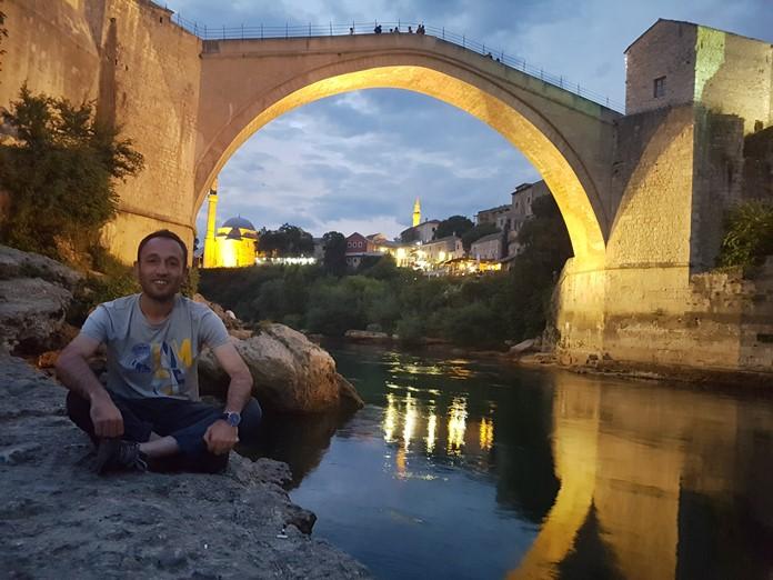 Mostar Köprüsü Gece Manzarası