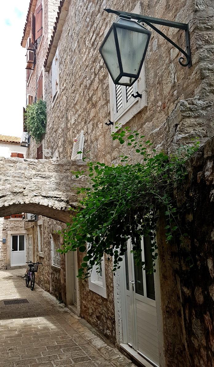 Budva Sokakları