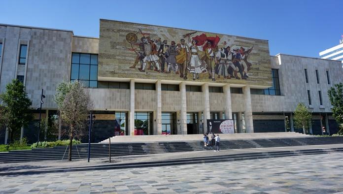 Ulusal Tarih Müzesi, Tiran