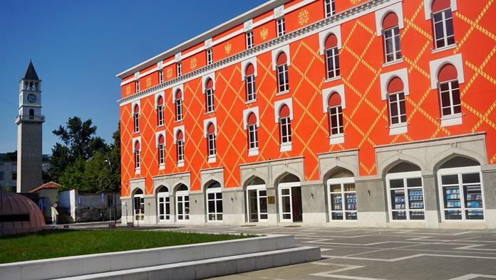 Tiran'ın Modern Yapıları