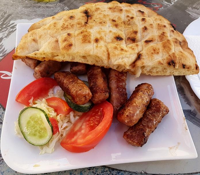 Sırp Yemekleri (Cevapcici)