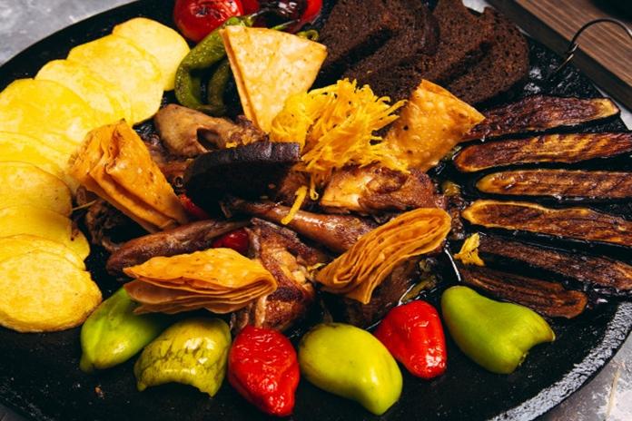 Azerbaycan Yemekleri: Saj